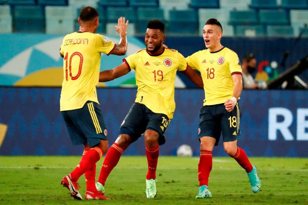 Cardona le salvó el debut a Colombia con magia y gol - Noticias de Colombia